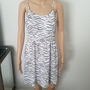 Black and white dress by Kensie. Size S. Pre-owned